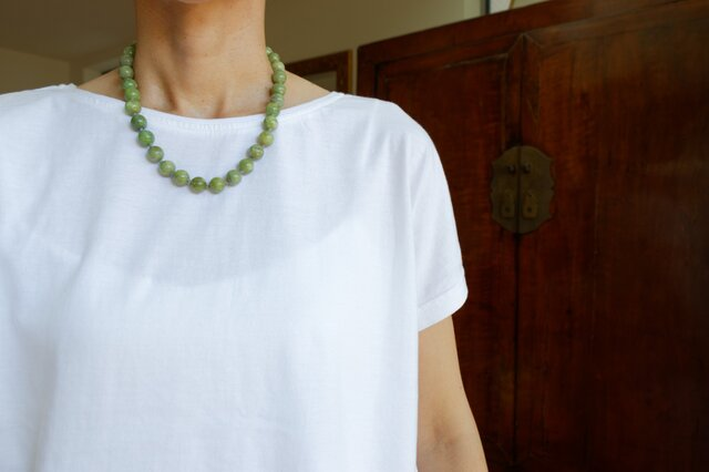 新緑の色!アイドクレイスのショートネックレスの画像1枚目