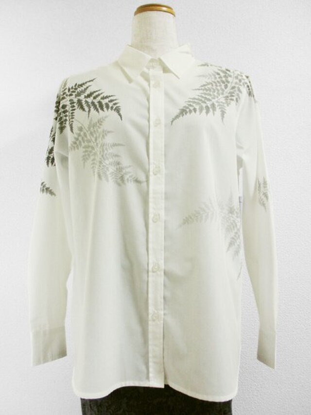 長袖ホワイトシャツ(羊歯の葉)の画像1枚目