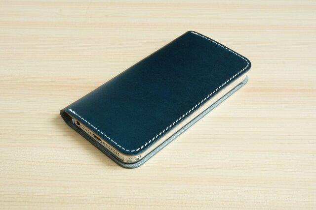 牛革 iPhone5/5sカバー ヌメ革 レザーケース 手帳型 ネイビーカラーの画像1枚目
