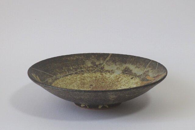 鉢 とんぼ(金銀彩赤絵)の画像1枚目