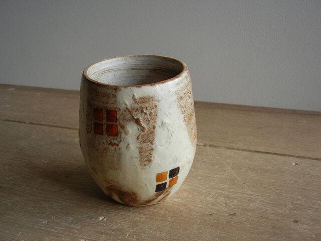 百色(ももいろ)象嵌 つぼみカップ 四角紋の画像1枚目