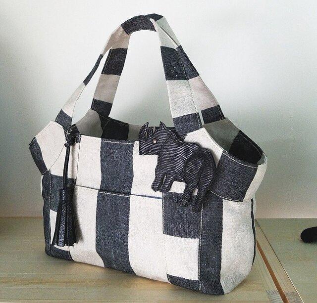 倉敷帆布リネンストライプのトートバッグ(サイのチャーム付き)の画像1枚目