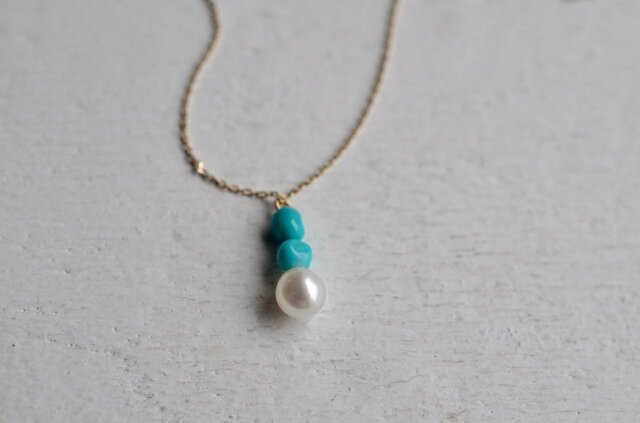 Sleeping beauty turquoise&pearl necklaceの画像1枚目