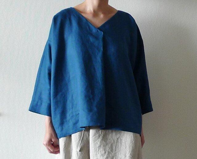 リネンフロントタックプルオーバー  ブルー(袖丈オーダー)の画像1枚目