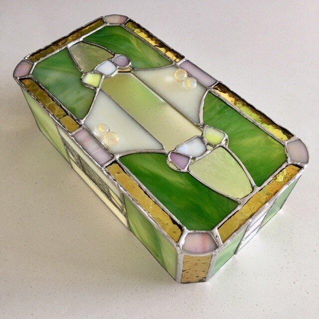 ガラス製ティッシュカバー モーニングガーデン ガラス ベイビューの画像1枚目