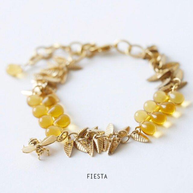 ミツバチと葉のブレスレットの画像1枚目