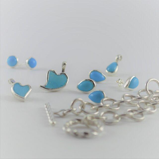 Turquoise Heart Pendant -L-の画像1枚目