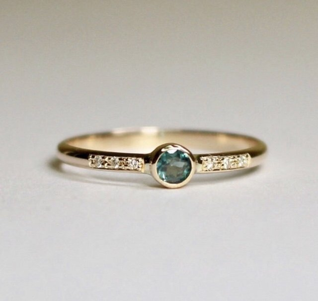 Alexandrite 3mm Ringの画像1枚目