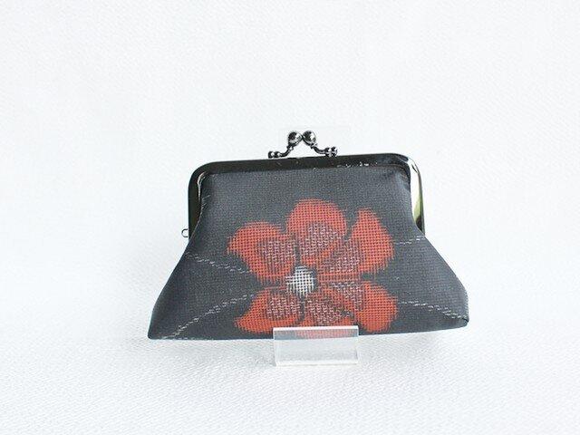 着物リメイクがまぐち 《しかく》 大島紬・黒地赤花の画像1枚目