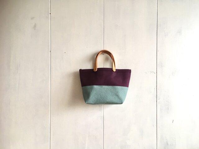 【受注製作】葡萄色と空色の小さな鞄の画像1枚目