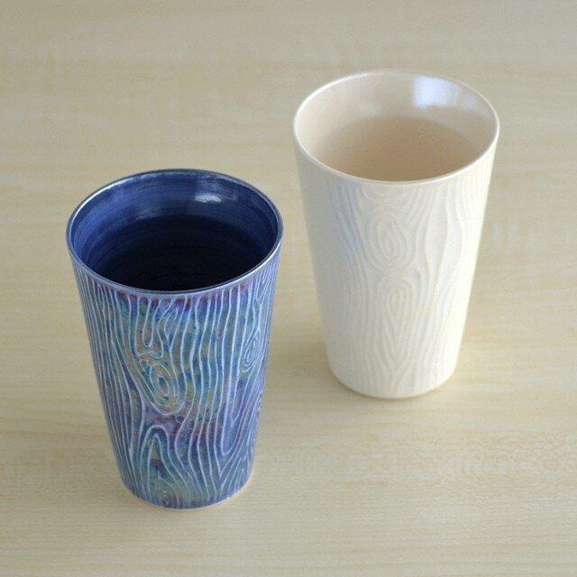 煌めく木目のビアカップ (白)の画像1枚目