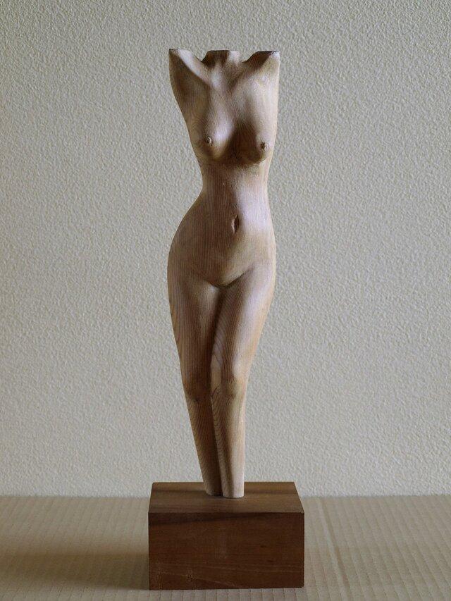 裸婦木彫の画像1枚目