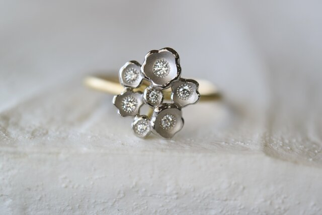 かすみ草のダイヤモンド指輪の画像1枚目
