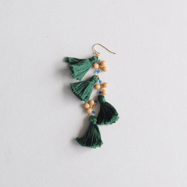 SUMMER tassels earring(片耳)の画像1枚目