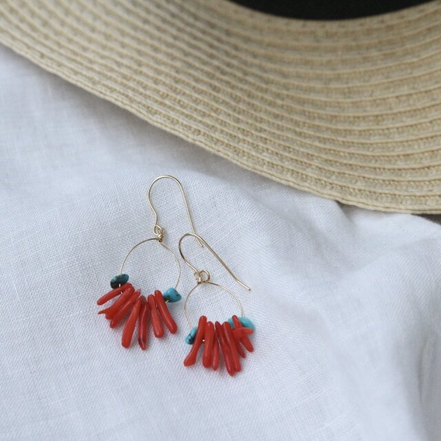 Red coral +Turquoise pierceの画像1枚目