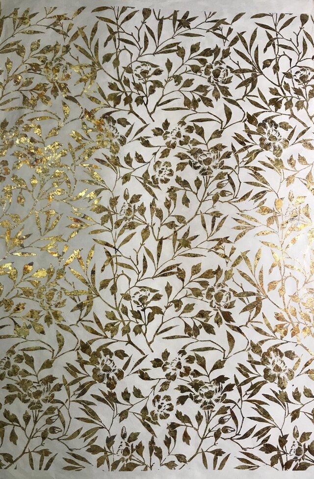ギルディング和紙 大 椿柄生成和紙黃混合箔の画像1枚目