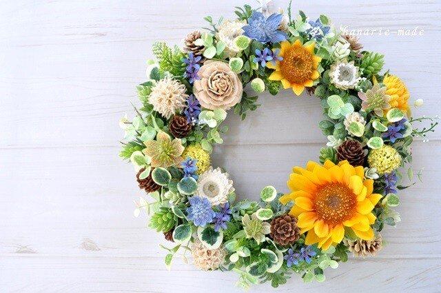 再販3 向日葵と青い小花のリース:木の実 オレンジ ブルー 夏の画像1枚目