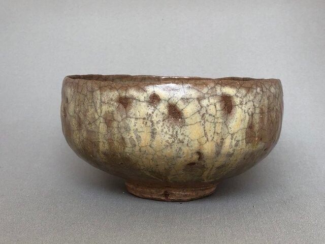 灰釉平鉢の画像1枚目