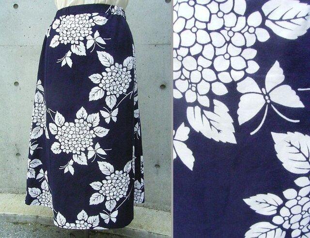 白い蝶の浴衣スカートの画像1枚目