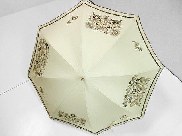 鳥と馬と花の更紗の日傘(ベージュ色・ドット柄布付き)の画像1枚目