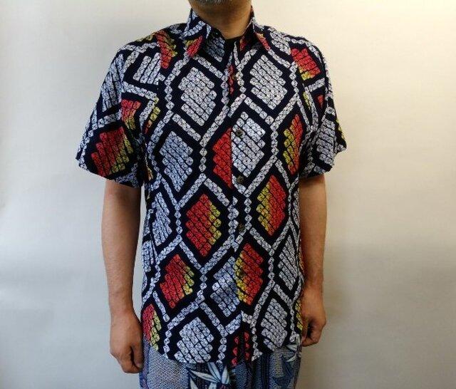 半袖総絞り浴衣シャツ(亀甲文様)の画像1枚目