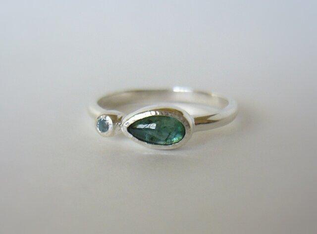 グリーントルマリンとブルートパーズの指輪の画像1枚目