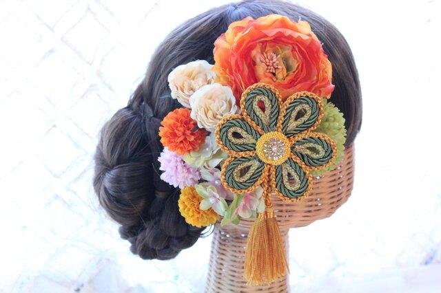 オレンジ系和装髪飾り タッセル付き花の組紐飾り 成人式 卒業式 結婚式の画像1枚目