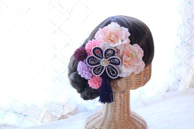 ピンクパープル系和装髪飾り タッセル付き花の組紐飾り 成人式 卒業式 結婚式の画像1枚目