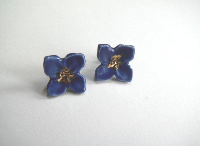小さい花のpieace /earring(青)の画像1枚目