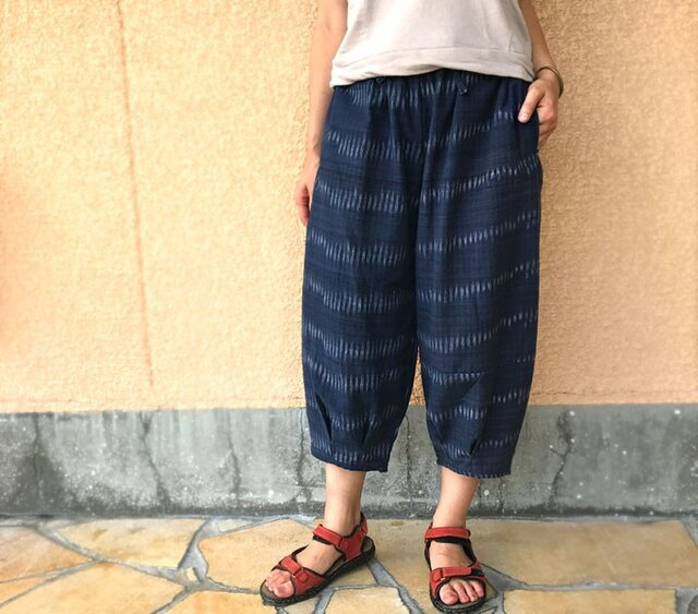 再販!!XL~3Lサイズ、ジョムトン手織り綿のもんぺ紺絣パンツ、オールシーズンの画像1枚目