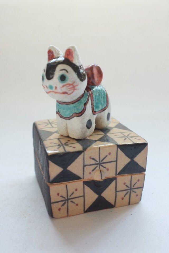 陶ハコ「こま犬」の画像1枚目