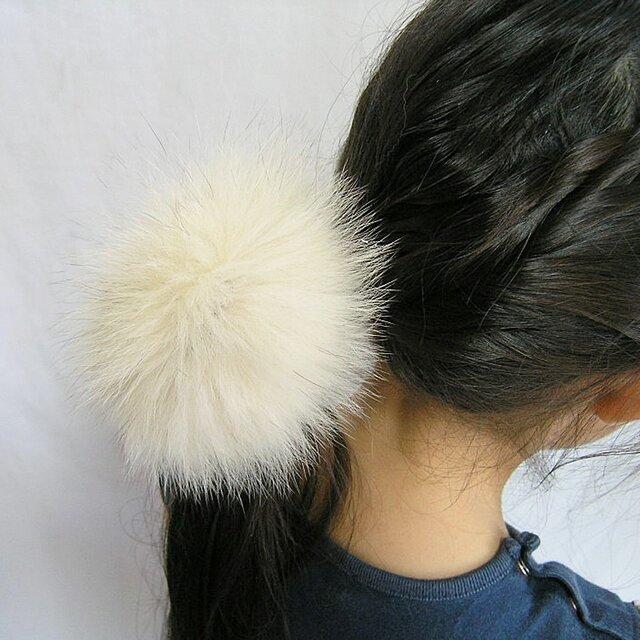 ¶ new antique fur ¶ ふわふわブルーフォックスファーバンスクリップの画像1枚目