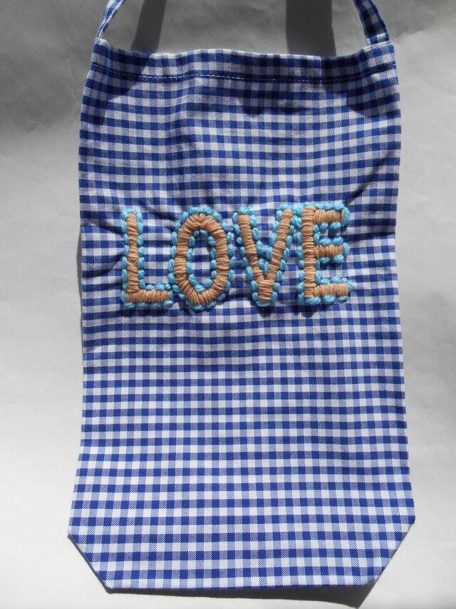 ギンガムチェックティッシュケース LOVE刺繍入の画像1枚目