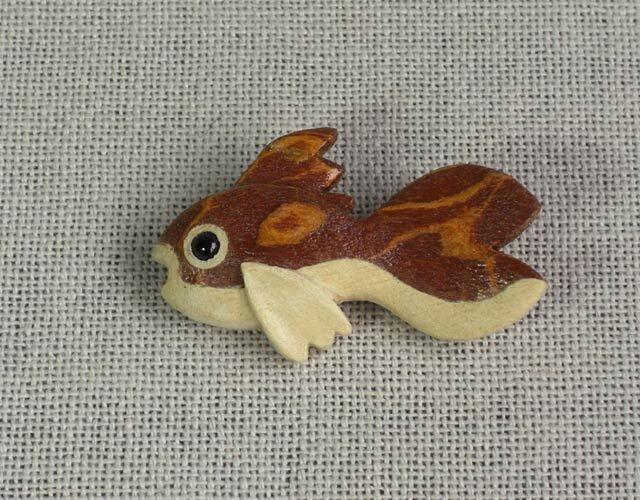 金魚ブローチの画像1枚目