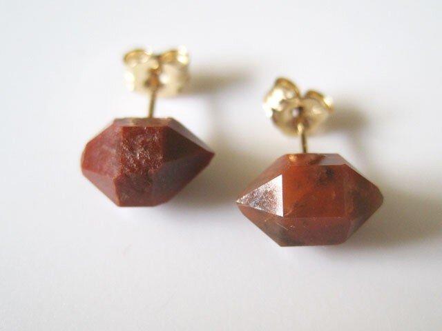 レッドクォーツの原石ピアス/赤鉄石英/Spain 14kgfの画像1枚目