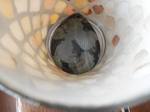 ブラック&グリンオブシディアン ペンダントトップ 「あの犬ですよね」の画像1枚目