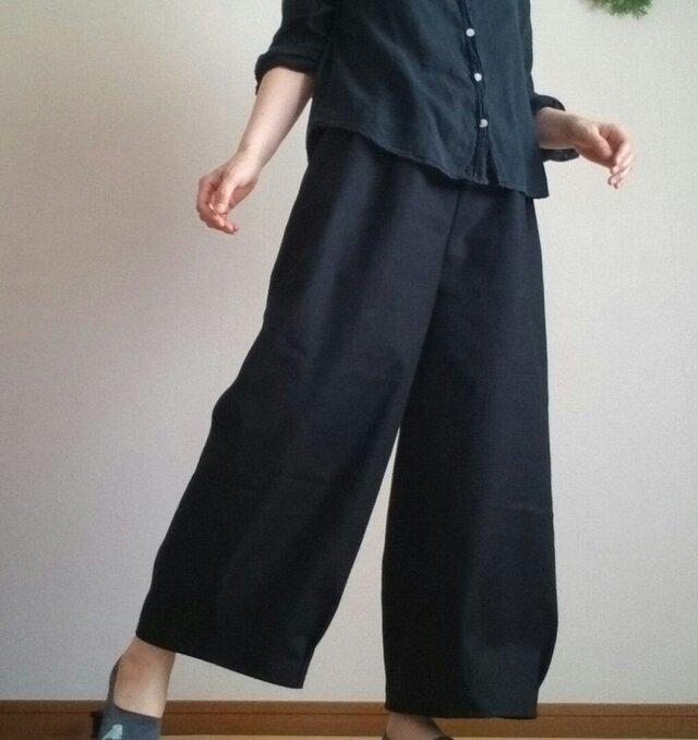 裾しぼりワイドパンツゆったり楽に上品にシンプルウエストゴムの画像1枚目