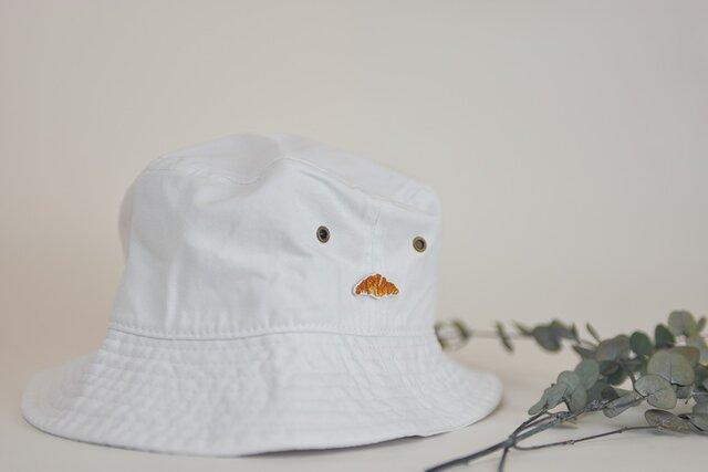 バケットハット【ホワイト】クロワッサン刺繍付きの画像1枚目