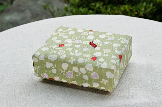 和いちごの小箱の画像1枚目