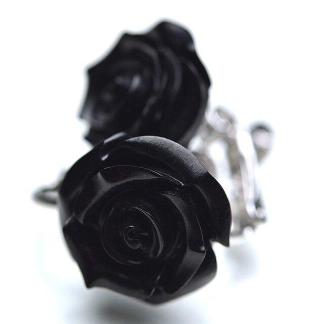 ジェット 黒玉 バラ彫 薔薇 イヤリング モーニング ジュエリー 金属アレルギー非対応の画像1枚目