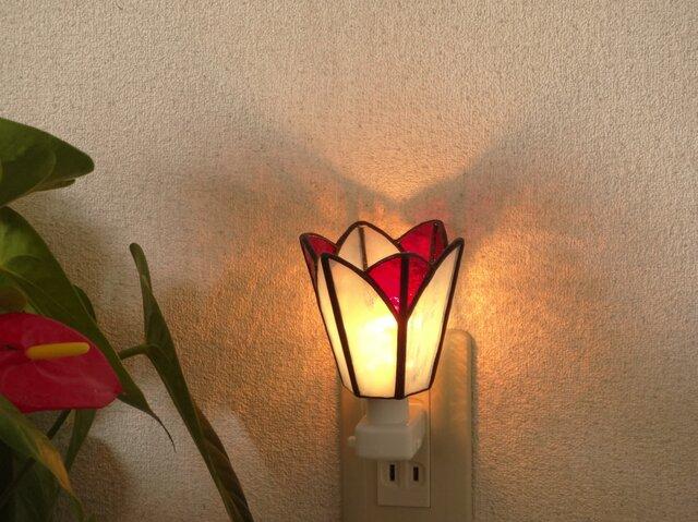 癒しのおやすみランプ・お花がさいた・ステンドグラスの画像1枚目