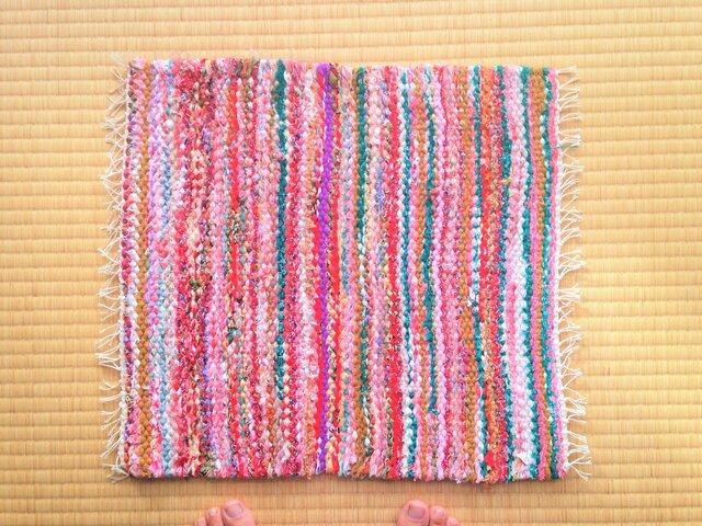裂き織りマットAの画像1枚目