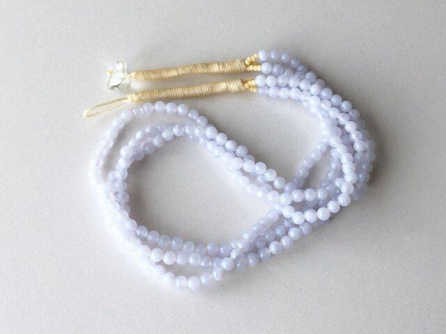 ペールブルーの3連ネックレス【受注制作】/ ブルーレース, 天然石の画像1枚目