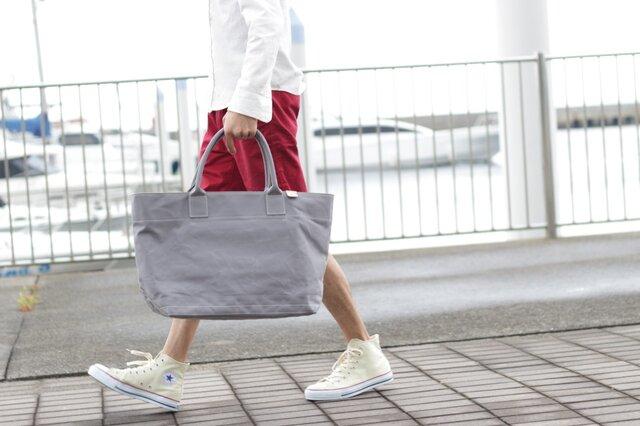 レザーバッグ職人が作った帆布の大きなトートバッグ グレー【送料無料】の画像1枚目