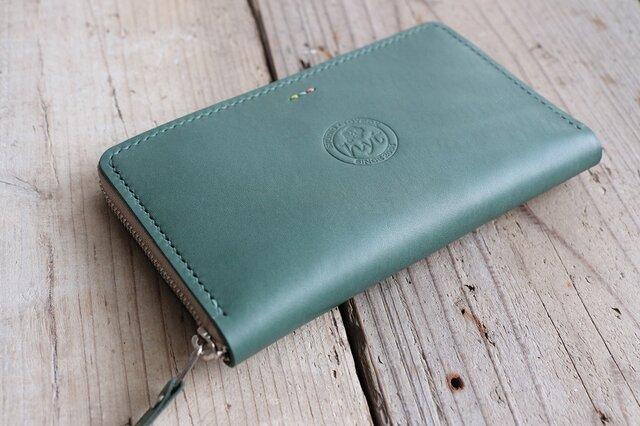海外で大活躍 パスポートの入る海外旅行用長財布 トラベル革小物 グリーン ラッピング可の画像1枚目