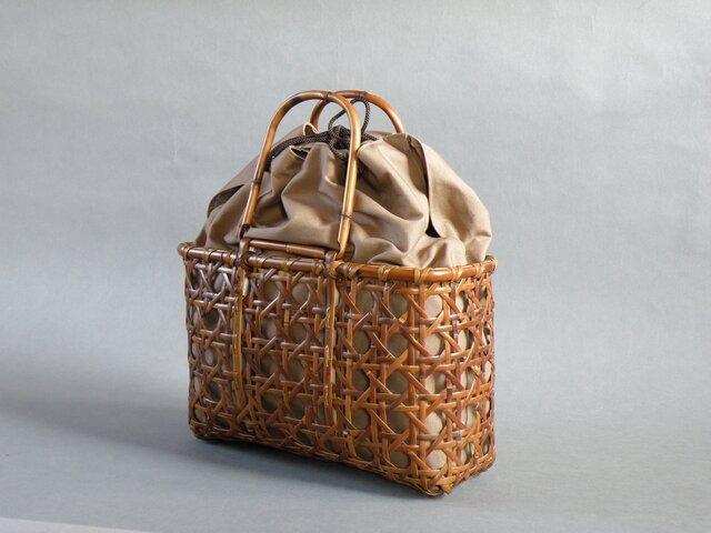 竹 竹籠バッグ かごバッグ 八つ目編み 根曲り竹 煤竹 燻煙千島笹の画像1枚目