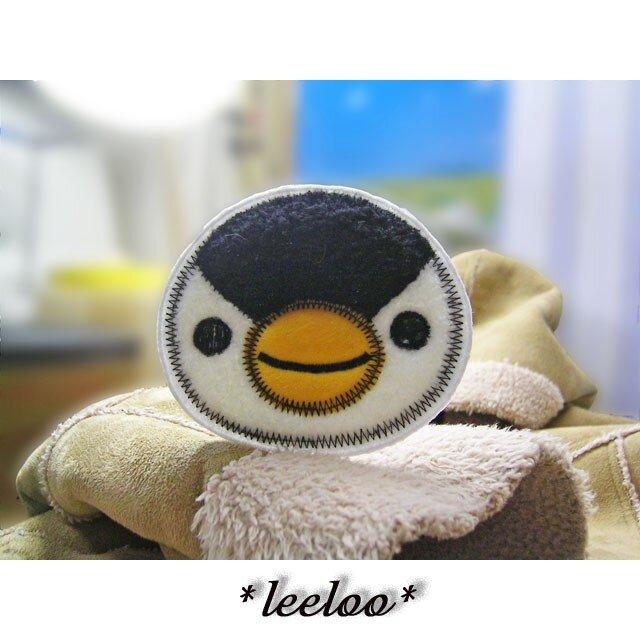 ★大きなお顔のペンギンさん★もこもこワッペン★アイロン★白黒1枚-10の画像1枚目