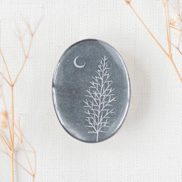 銀ブローチ04/銀の木の画像1枚目