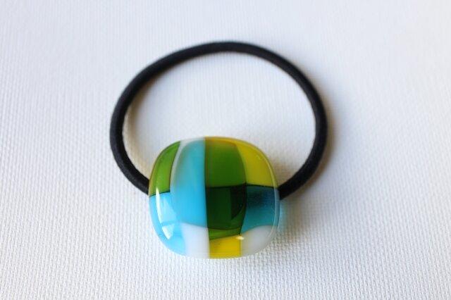 水色マドラスチェック*ガラスのヘアゴムの画像1枚目