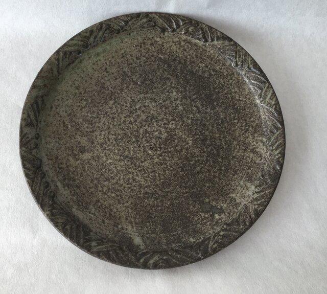 リム陽刻皿の画像1枚目